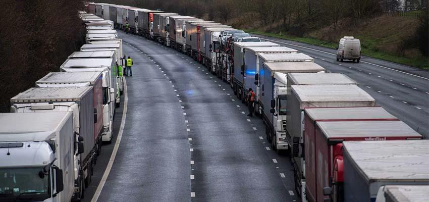 atasco de camiones en dover 2021